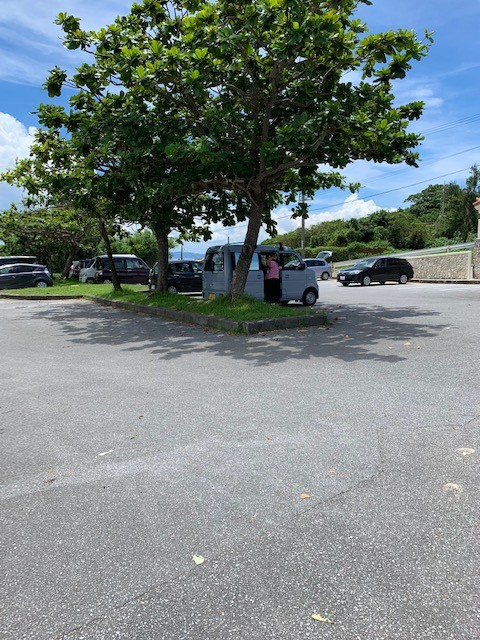 アンチ浜 駐車場